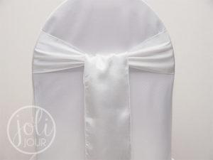 Location ceinturage blanc satin pour housses de chaises