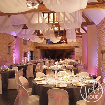 Location drapes blancs mousseline mariage