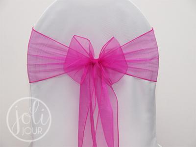 Location noeud organza rose fushia pour chaises joli for Housse de chaise rose
