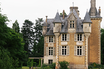 chateau-st-julien-poitiers-wedding-event-venue-in-france